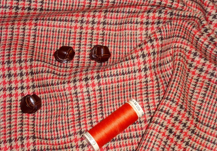 plaid buttons thread