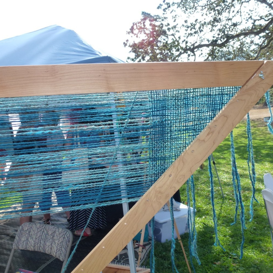weaving at Fibrations